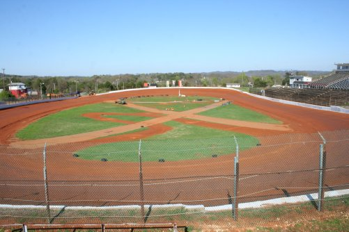 So come join us for an evening of Saturday night short track racing at Tennessee's action track, 411 Motor Speedway!